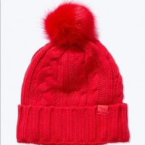 VS PINK SHERPA LINED BEANIE
